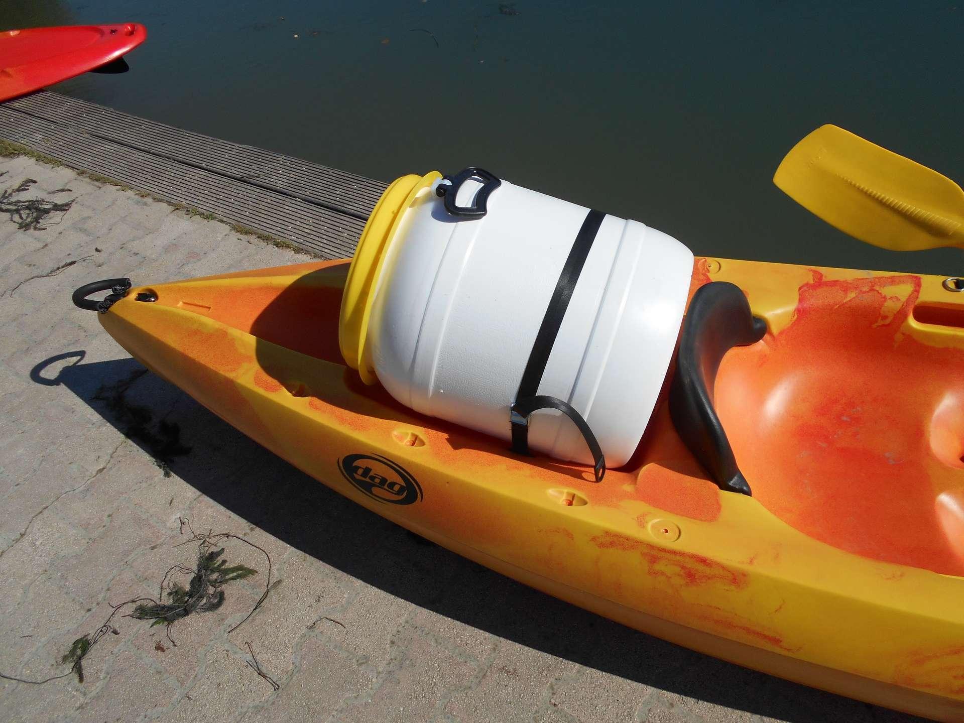 bidon etanche pour kayak canoe paddle waterbike